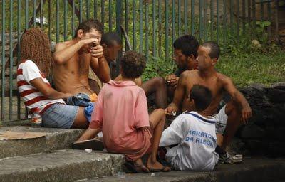 Prefeitura do Rio determina tratamento de criancas e adolescentes viciados em crack