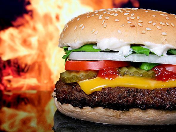 Gula por comida gordurosa tem efeito similar à maconha
